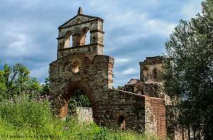 Facciata della chiesa Santa Maria dei Tridetti a Staiti (RC) Foto © Carmine Verduci